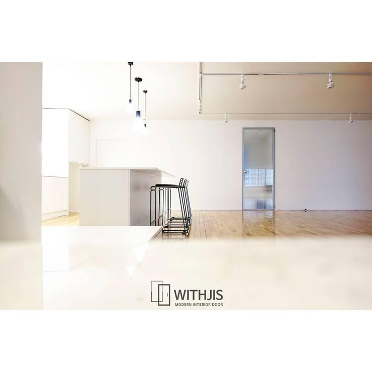 The M & B Dancesport Studio: WITHJIS(위드지스)의  문