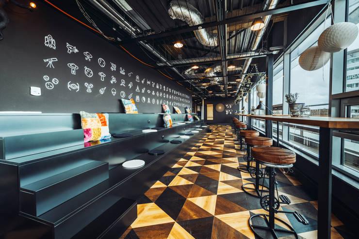 3D effect wooden flooring von Ivy's Design - Interior Designer aus Berlin Modern Holz Holznachbildung