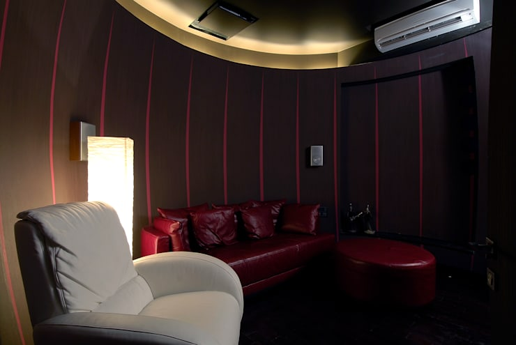 Residential Interior:  Media room by Jeearch Associate