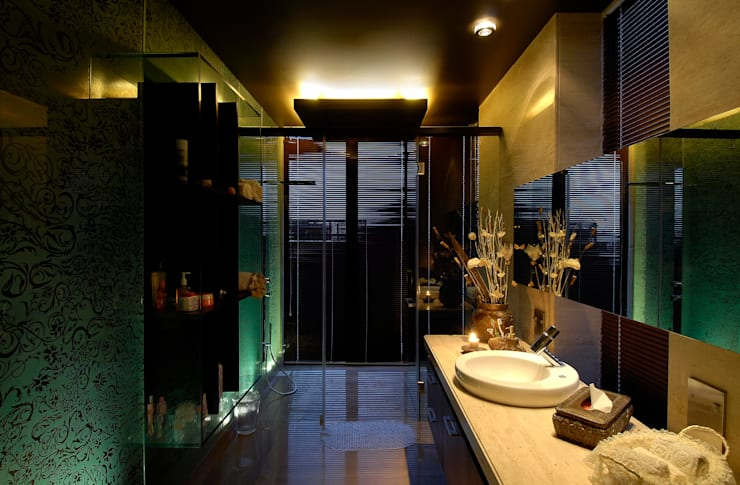 Residential Interior:  Bathroom by Jeearch Associate