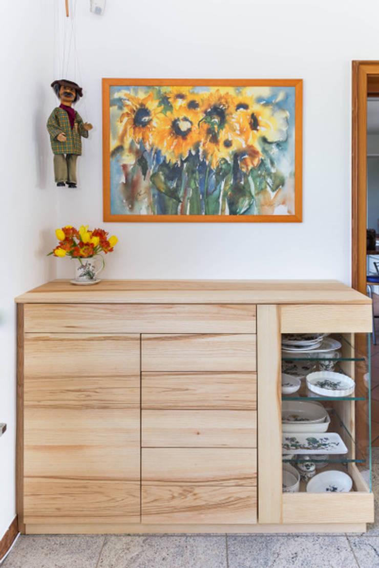 Wohnzimmermobel By Schreinerei Fischbach Gmbh Co Kg Homify