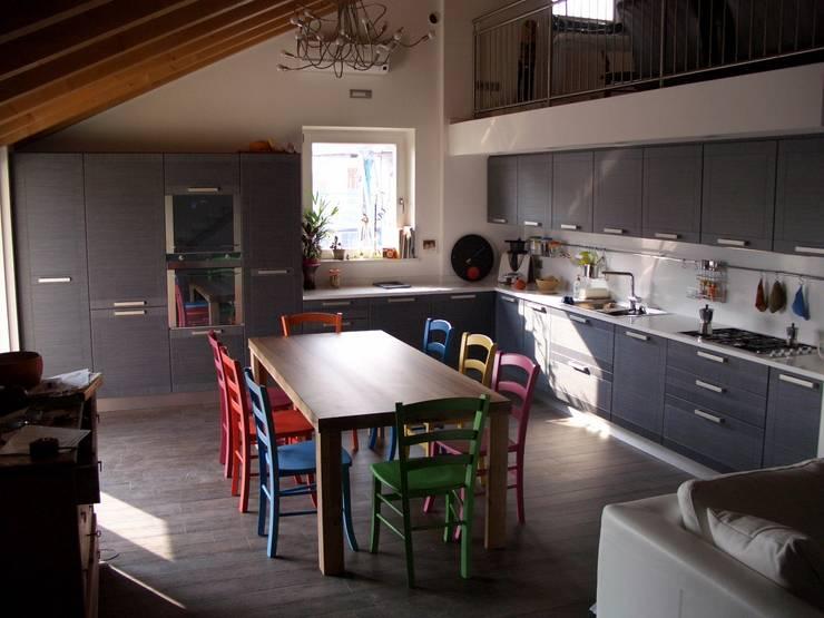 Cucine su misura: Cucina in stile  di ARREDAMENTI PIVA