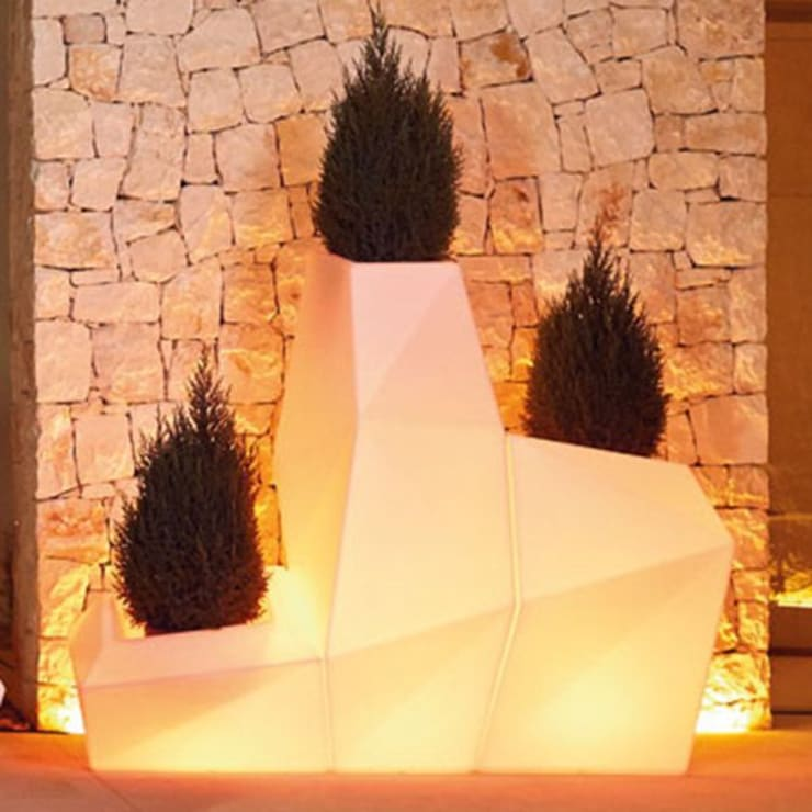 FRP LED Planter:  Office buildings by Scube Creations,Classic Wood-Plastic Composite