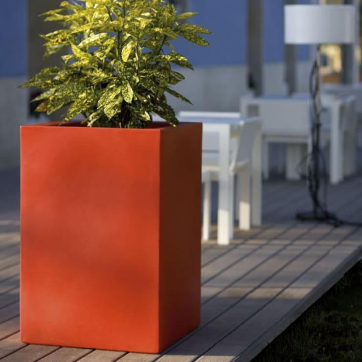 FRP Square Tall Planter:  Shopping Centres by Scube Creations,Classic