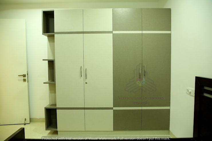 Project 1:  Dressing room by Meticular Interiors LLP,