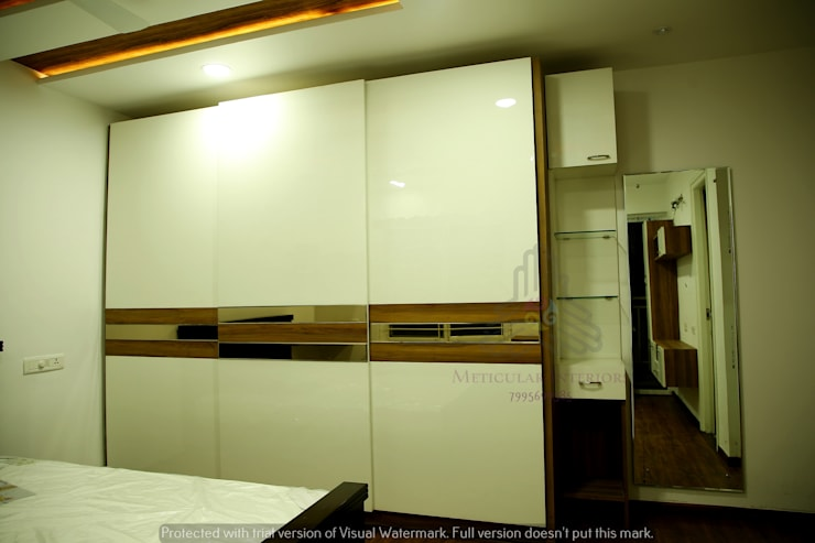 Project 1:  Kitchen by Meticular Interiors LLP,