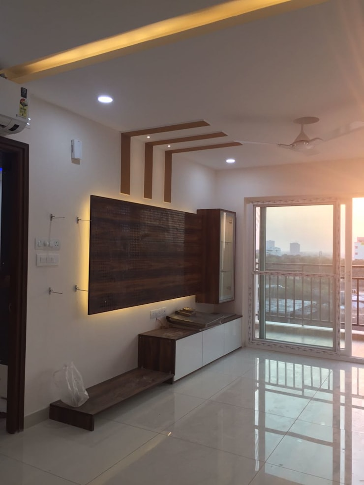 Project 3:  Living room by Meticular Interiors LLP,Modern