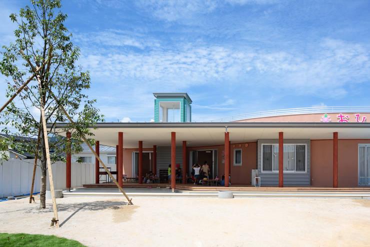 おひさま保育園: アトリエ間居が手掛けた学校です。