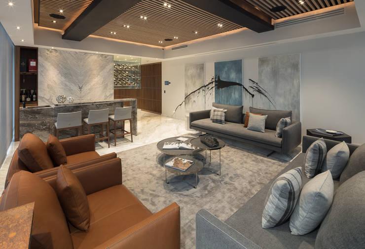 Salones de estilo  de Concepto Taller de Arquitectura, Moderno