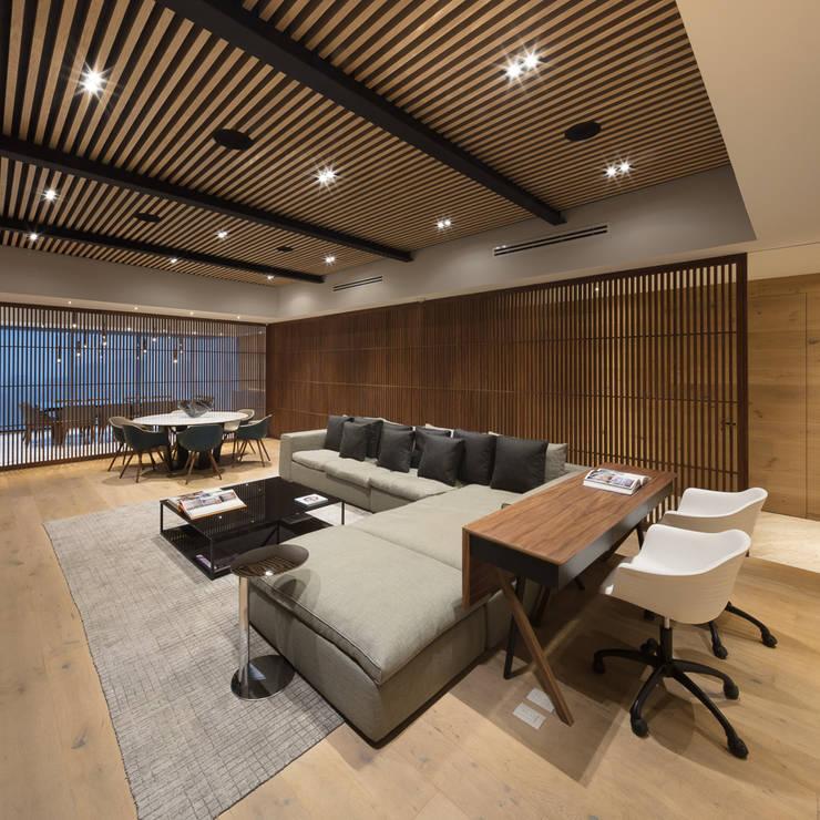 Salas multimedia de estilo  de Concepto Taller de Arquitectura, Moderno