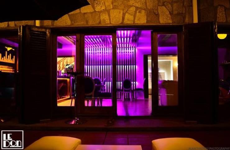 Terraza: Bares y clubs de estilo  por Kaa Interior | Arquitectura de Interior | Santiago