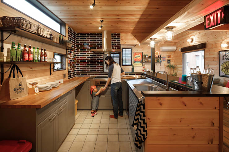 Kitchen by dwarf, Eclectic