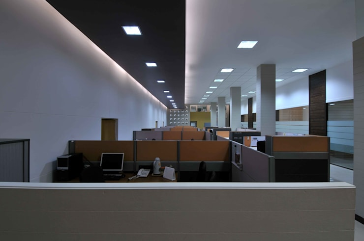 LUPIN PHARMACEUTICALS:  Study/office by smstudio,Modern