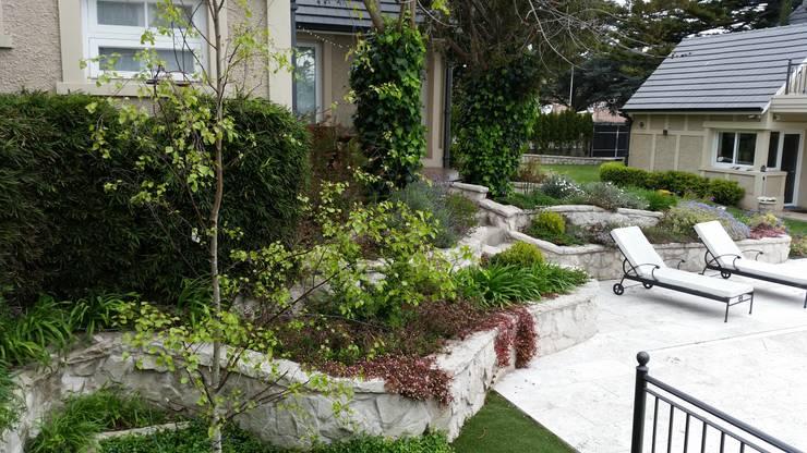 Entendiendo el Estilo: Jardines de estilo  por Vivero Antoniucci S.A.