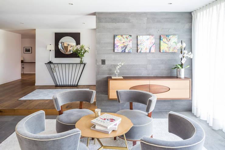 Sala de estar: Salas de estilo  por Foto Property