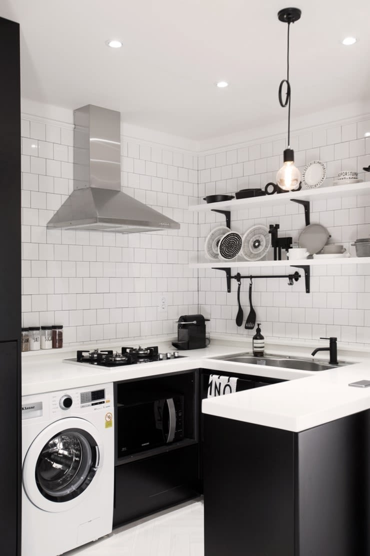 북유럽 감성을 가득 담은 20평대 주택 인테리어: husk design 허스크디자인의  주방,