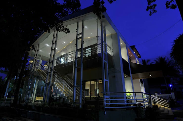RESORT AT UMBERGAON:  Houses by smstudio,Modern