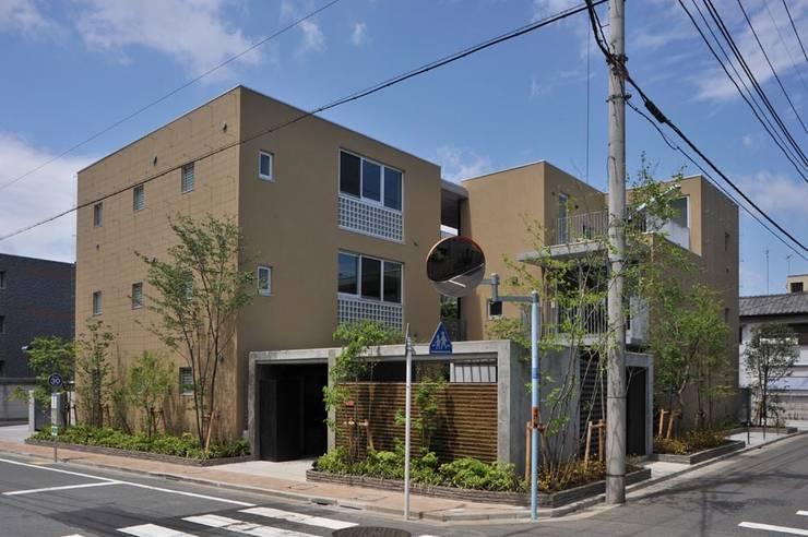 โดย HAN環境・建築設計事務所 โมเดิร์น