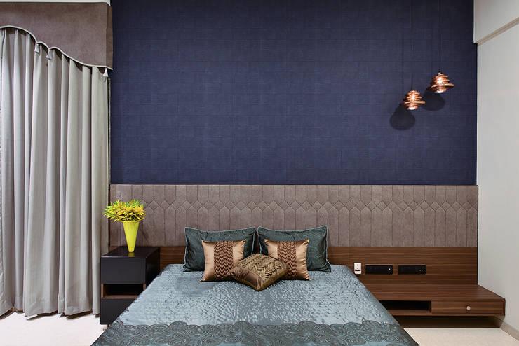 DIVYA BUNGALOW: modern Bedroom by smstudio