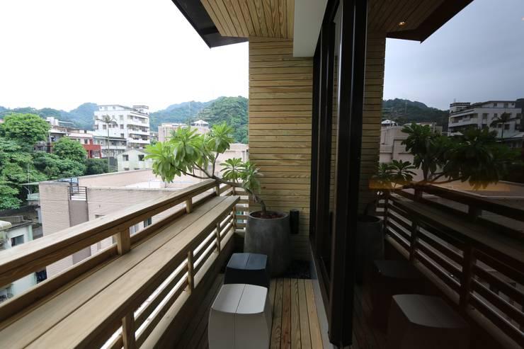 Terrace by 青易國際設計