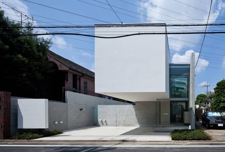 吉祥寺南町の家 / house in Kichijyoji: 庄司寛建築設計事務所 / HIROSHI SHOJI  ARCHITECT&ASSOCIATESが手掛けた家です。