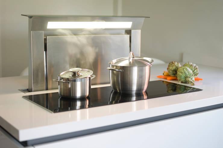 Cocinas integrales de estilo  de Urban Myth, Moderno