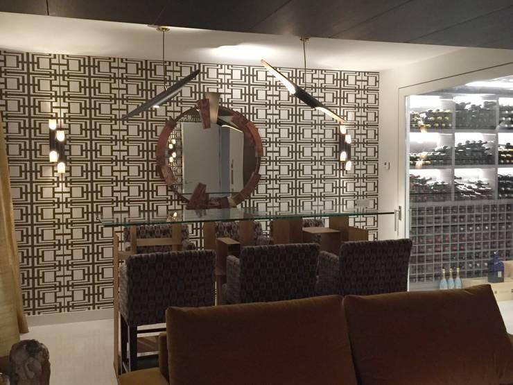 Comedor: Salones de estilo  de Taller de Interiores Mediterraneos