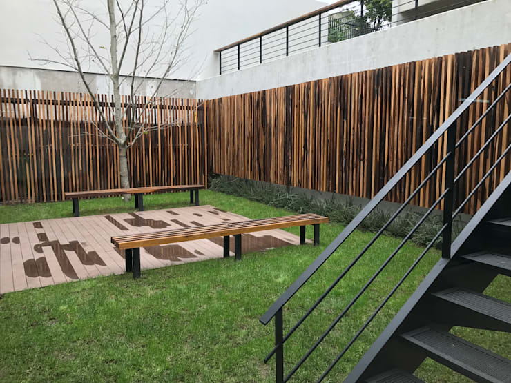 Patio Inglés: Jardines de estilo  por Vivero Antoniucci S.A.,Moderno