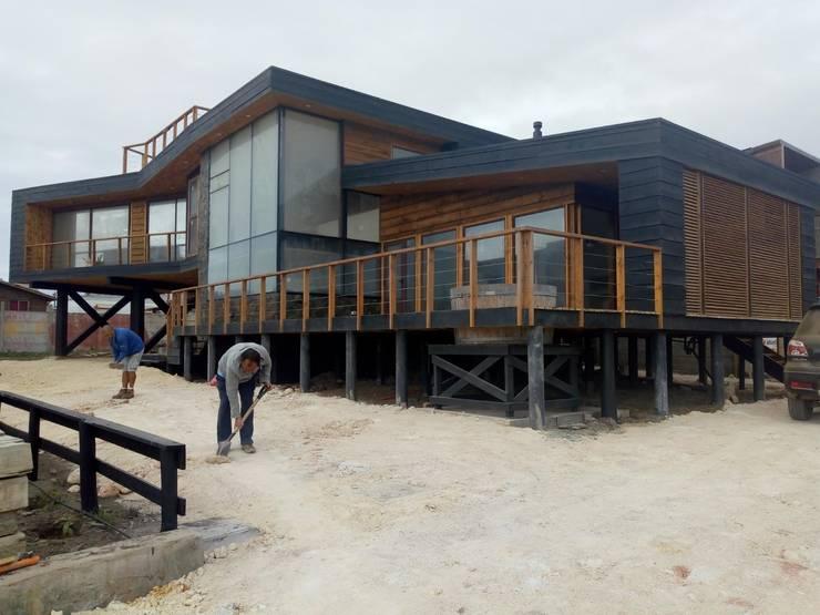 Vivienda Maria Salah: Casas de estilo  por Kimche Arquitectos