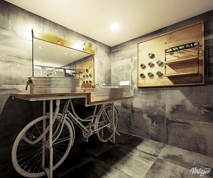 AGENT JACK VEERA DESAI:  Bathroom by smstudio,Modern