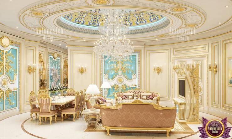 Amazing home designs by Katrina Antonovich:  Corridor & hallway by Luxury Antonovich Design