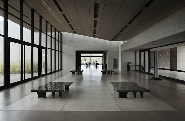 Hall : Centros de exposiciones de estilo  por Bórmida & Yanzón arquitectos