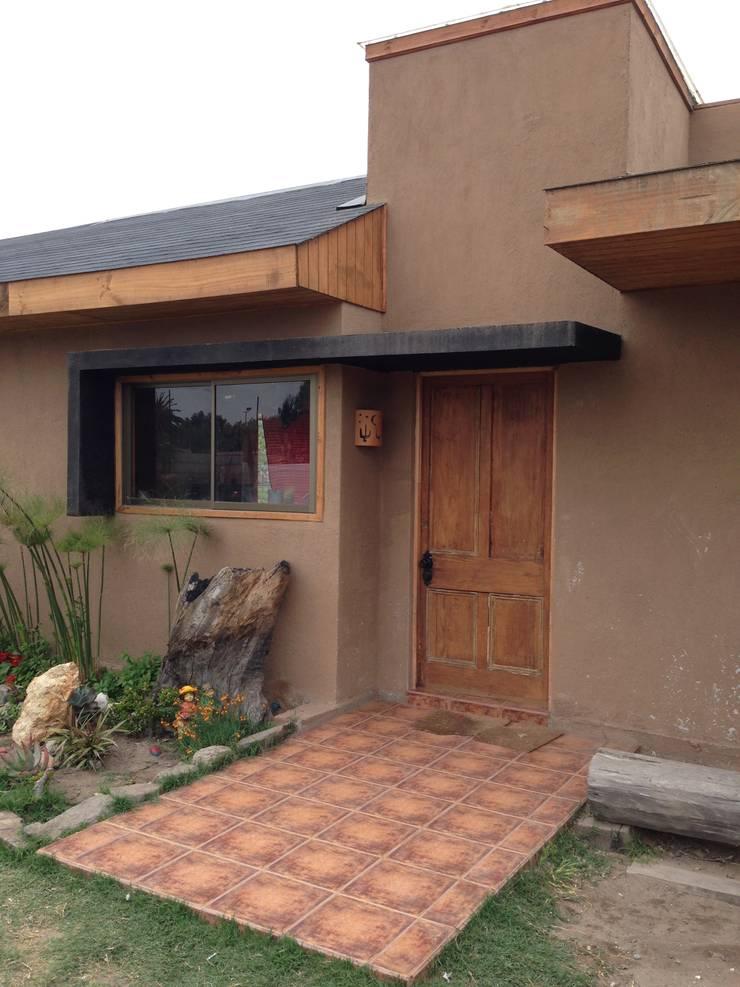 ACCESP PRINCIPAL: Casas de estilo  por arquiroots