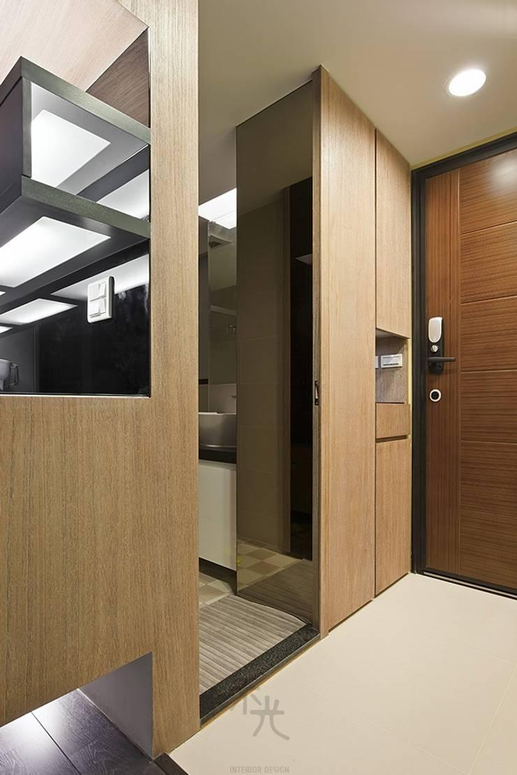光源通透、無限放大的居家LOOK!:  門 by 禾光室內裝修設計 ─ Her Guang Design