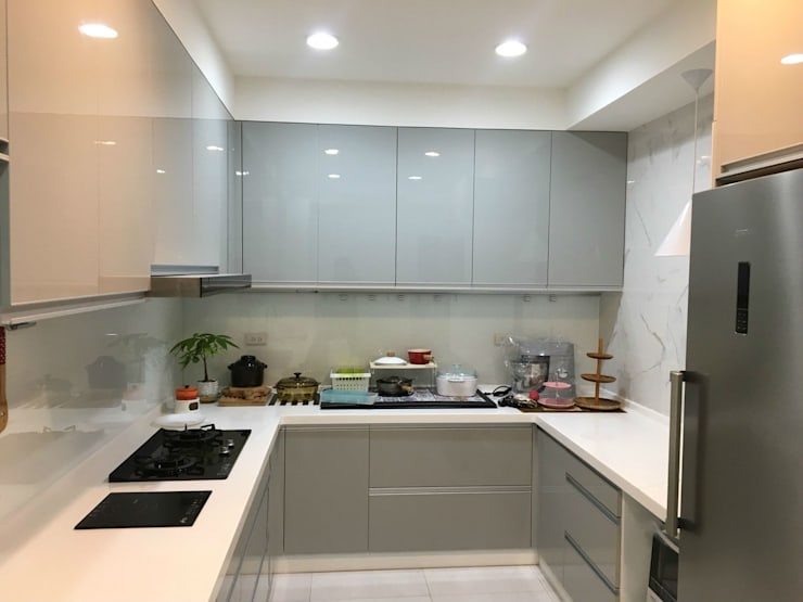 五股中興路設計案 整體穿透 提升豪華價值:  廚房 by 捷士空間設計(省錢裝潢)
