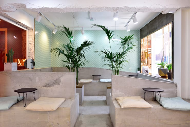 CAFE ARRIERE COUR: elevation의  방,
