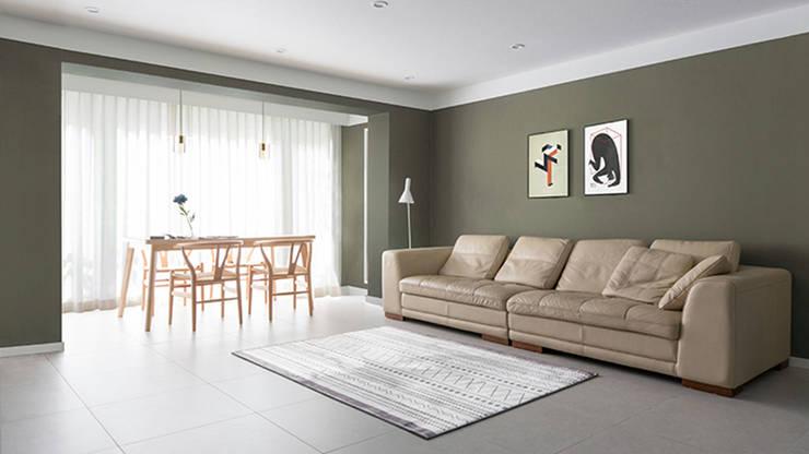 거실 인테리어: husk design 허스크디자인의  거실