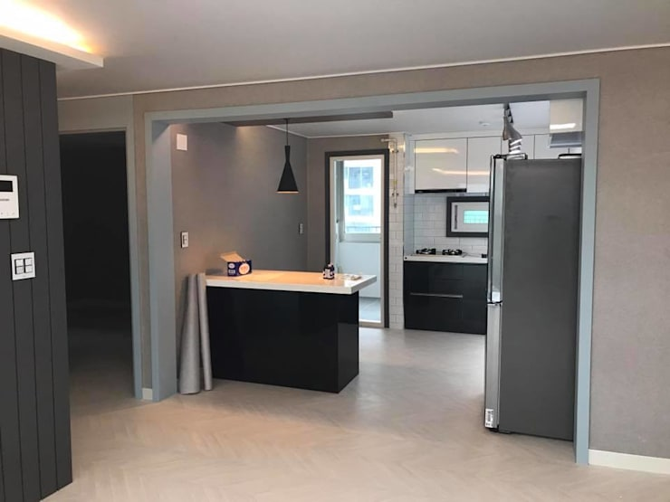 연일 삼도3차 아파트 : 디자인K하우징의  거실