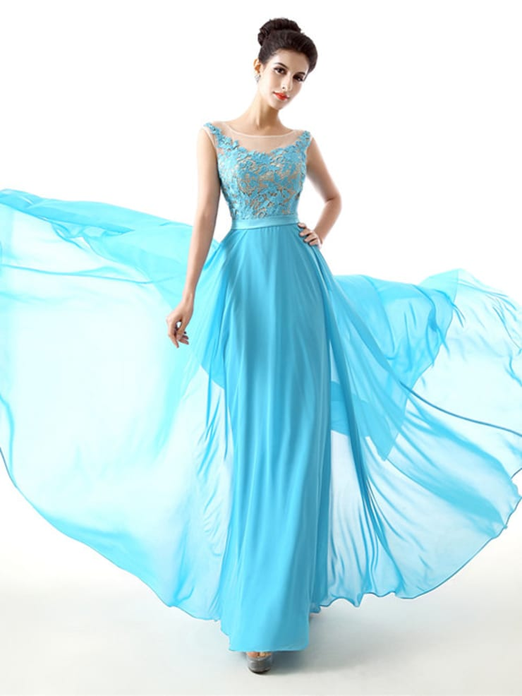 Prom Dresses For Your Matric Dance/Farewell/Ball:  Dressing room by Vivi Dress South Africa