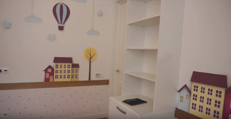 Teen bedroom by 'Комфорт Дизайн', Country Wood Wood effect