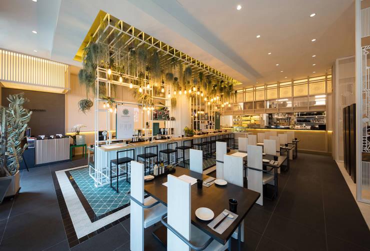 Saboten Concept Store: ARTEFACT의  레스토랑,