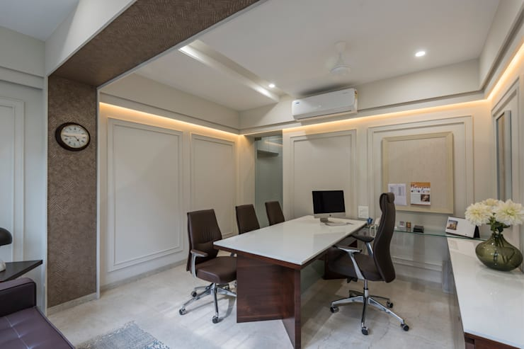 Cabin:  Commercial Spaces by AA ARCHITECTS,Classic