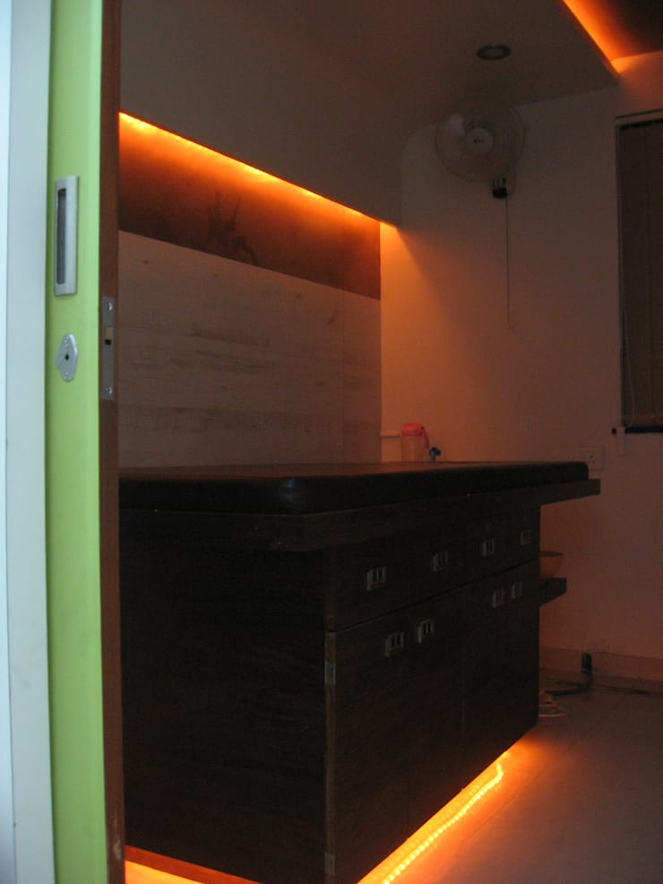 Inspirations slimming clinic- Aundh , Pune:  Commercial Spaces by Finch Architects,Modern