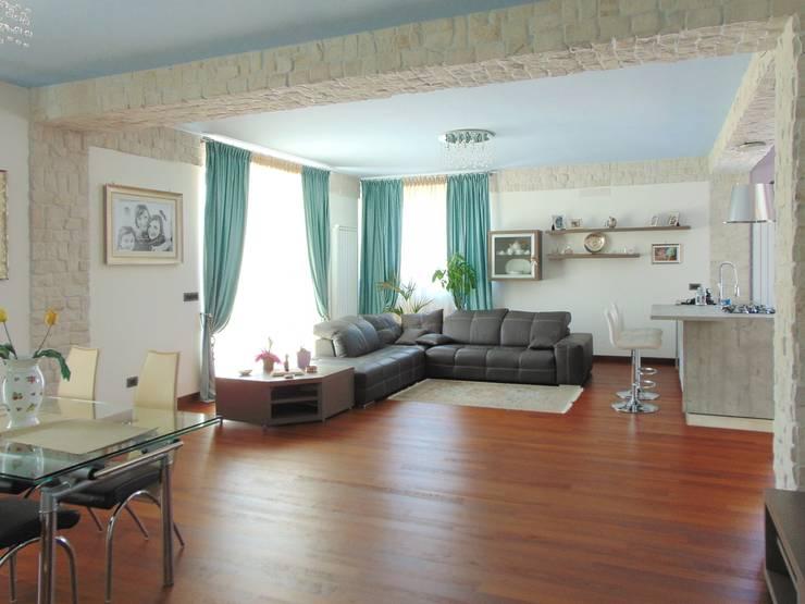 Salas / recibidores de estilo  por Studio di Architettura e Design Giovanni Scopece