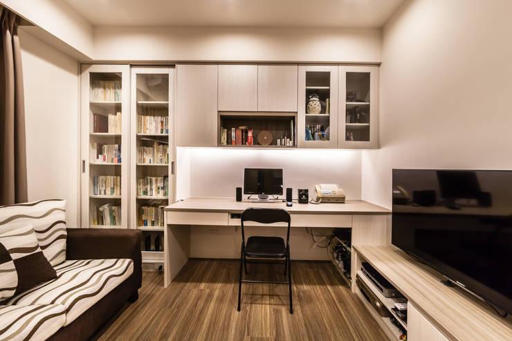 就是要在家也能輕鬆工作:   by 好室佳室內設計