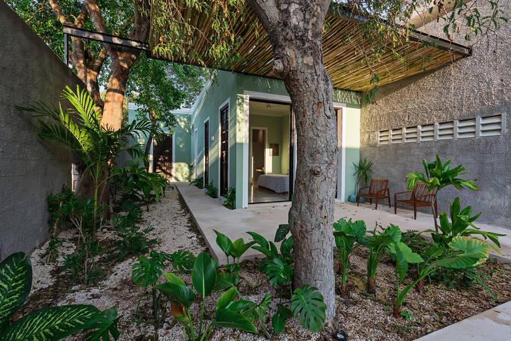 Terraza: Casas de estilo  por Workshop, diseño y construcción