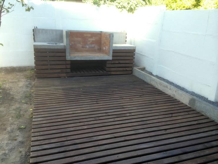128_CasaVirgo_Vivienda: Terrazas  de estilo  por Rakau Construcción + Arquitectura