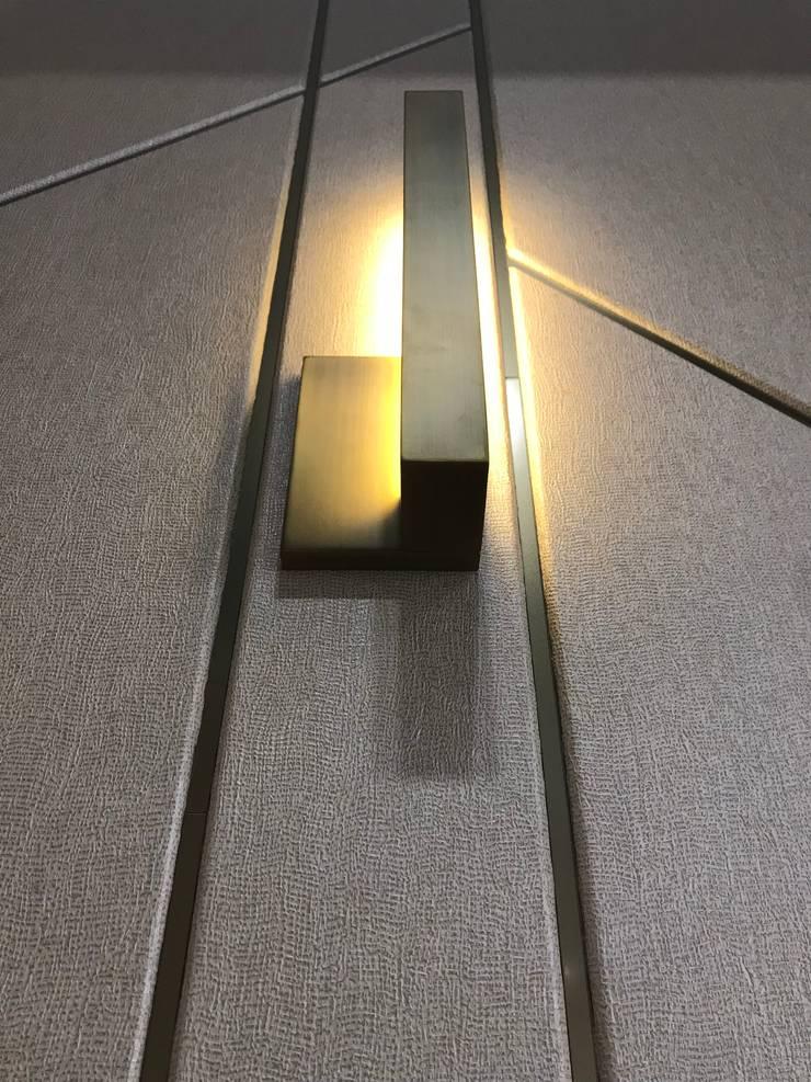 傳遞品牌中對工藝的追求 & 美的堅持… :  辦公室&店面 by 騰龘空間設計有限公司