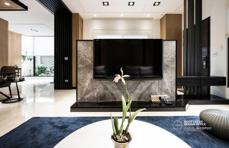 竹韻:  客廳 by 築本國際設計有限公司