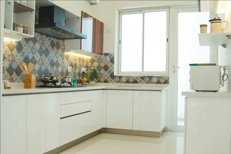 Interior Design:  Kitchen by Urban Interiors and Home Decor Solutions,Modern